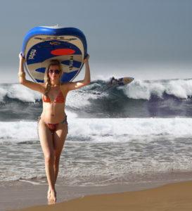 Lisa Brasil mit Mistral iSUP